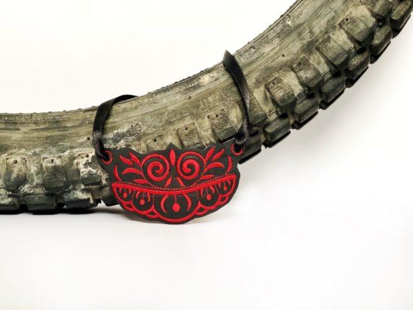 collar reciclado Black Carmen